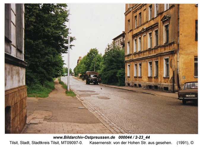 Tilsit, Kasernenstr. von der Hohen Str. aus gesehen