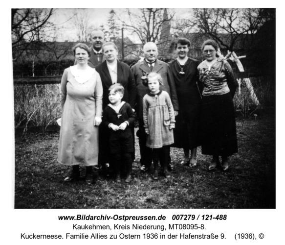 Kuckerneese. Familie Allies zu Ostern 1936 in der Hafenstraße 9