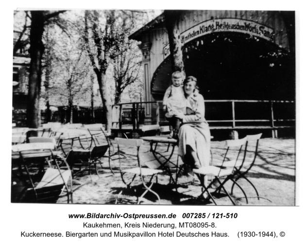Kuckerneese. Biergarten und Musikpavillon Hotel Deutsches Haus