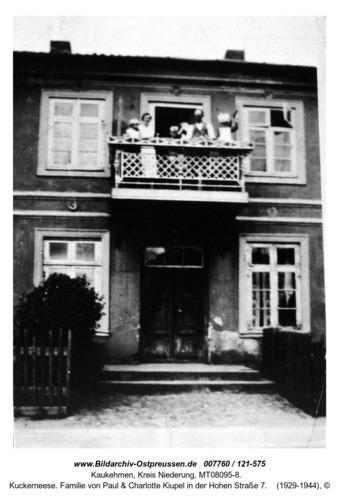 Kuckerneese. Familie von Paul & Charlotte Kiupel in der Hohen Straße 7