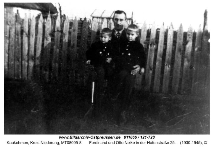 Kuckerneese. Alfred, Ferdinand und Otto Neike in der Hafenstraße 25