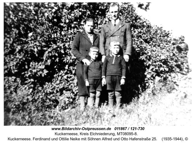Kuckerneese. Ferdinand und Ottilie Neike mit Söhnen Alfred und Otto Hafenstraße 25