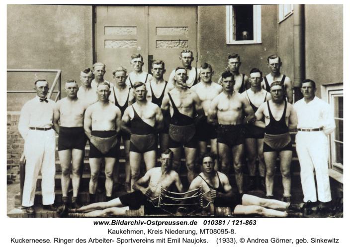 Kuckerneese. Ringer des Arbeiter- Sportvereins mit Emil Naujoks