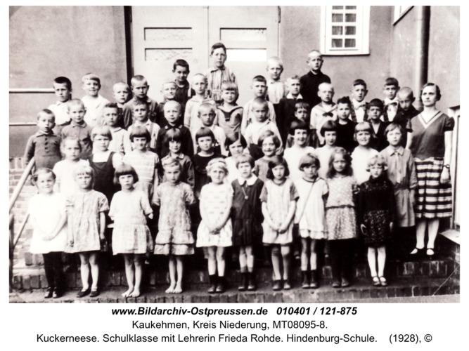 Kuckerneese. Schulklasse mit Lehrerin Frieda Rohde. Hindenburg-Schule