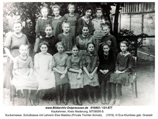 Kuckerneese. Schulklasse mit Lehrerin Else Maleika (Private Töchter-Schule)