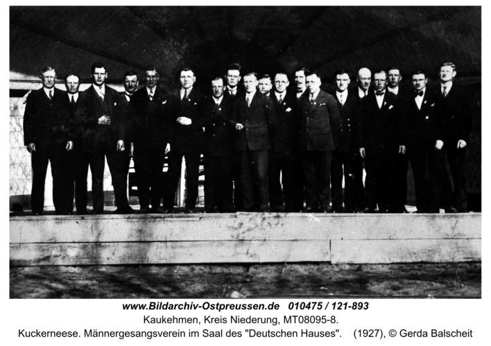 """Kuckerneese. Männergesangsverein im Saal des """"Deutschen Hauses"""""""