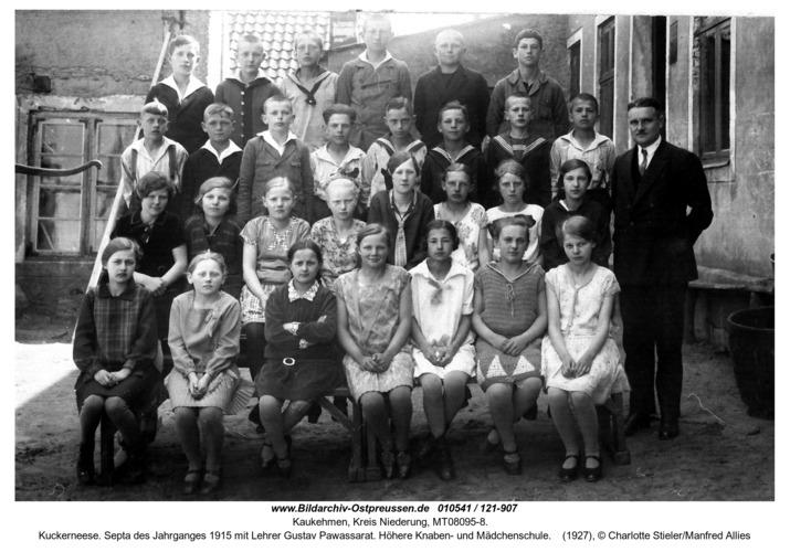 Kuckerneese. Septa des Jahrganges 1915 mit Lehrer Gustav Pawassarat. Höhere Knaben- und Mädchenschule
