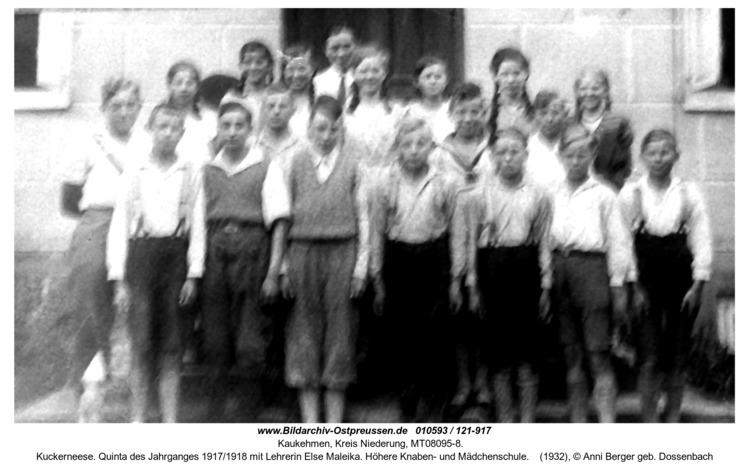 Kuckerneese. Quinta des Jahrganges 1917/1918 mit Lehrerin Else Maleika. Höhere Knaben- und Mädchenschule