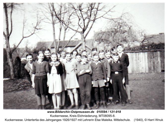 Kuckerneese. Untertertia des Jahrganges 1926/1927 mit Lehrerin Else Maleika. Mittelschule