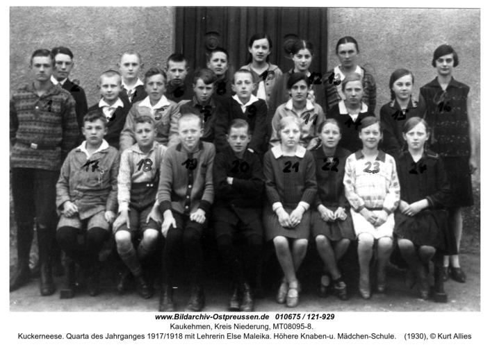 Kuckerneese. Quarta des Jahrganges 1917/1918 mit Lehrerin Else Maleika. Höhere Knaben-u. Mädchen-Schule