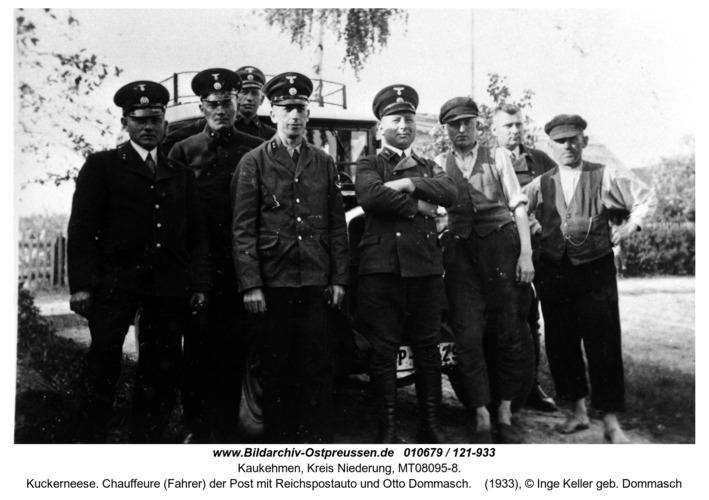 Kuckerneese. Chauffeure (Fahrer) der Post mit Reichspostauto und Otto Dommasch