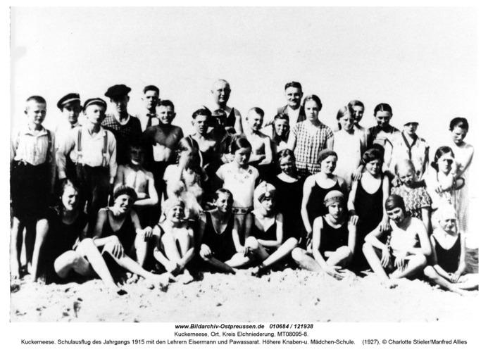 Kuckerneese. Schulausflug des Jahrgangs 1915 mit den Lehrern Eisermann und Pawassarat. Höhere Knaben-u. Mädchen-Schule