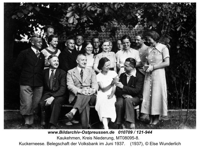 Kuckerneese. Belegschaft der Volksbank im Juni 1937