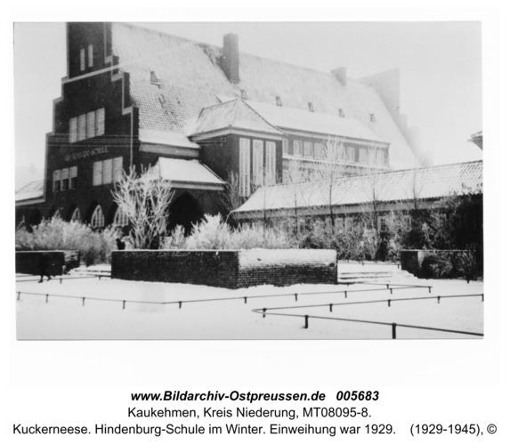 Kuckerneese. Hindenburg-Schule im Winter. Einweihung war 1929