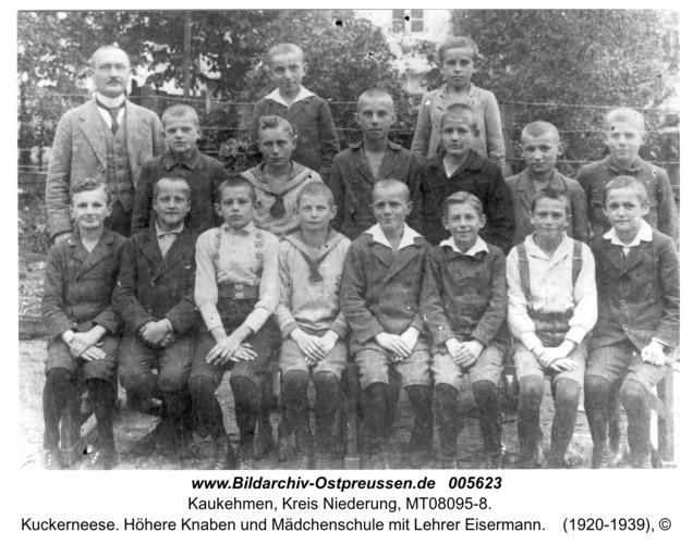 Kuckerneese. Höhere Knaben und Mädchenschule mit Lehrer Eisermann