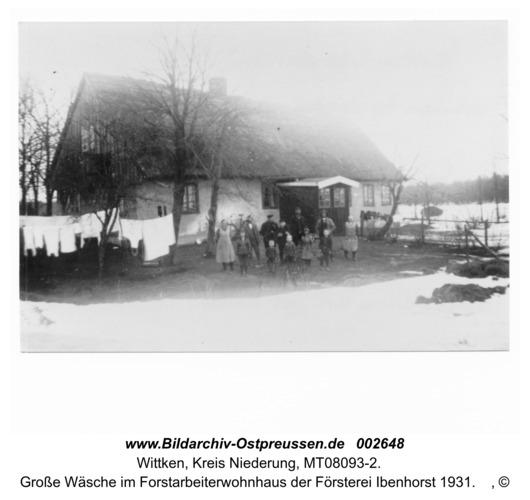 Wittken, Große Wäsche im Forstarbeiterwohnhaus der Försterei Ibenhorst 1931